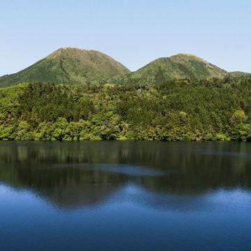 1285 三瓶山と浮布池